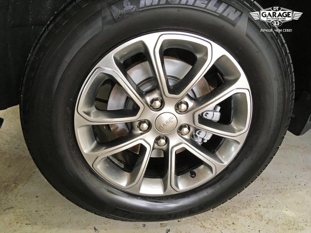 На фото колесо после обработки покрытием i-Shield.