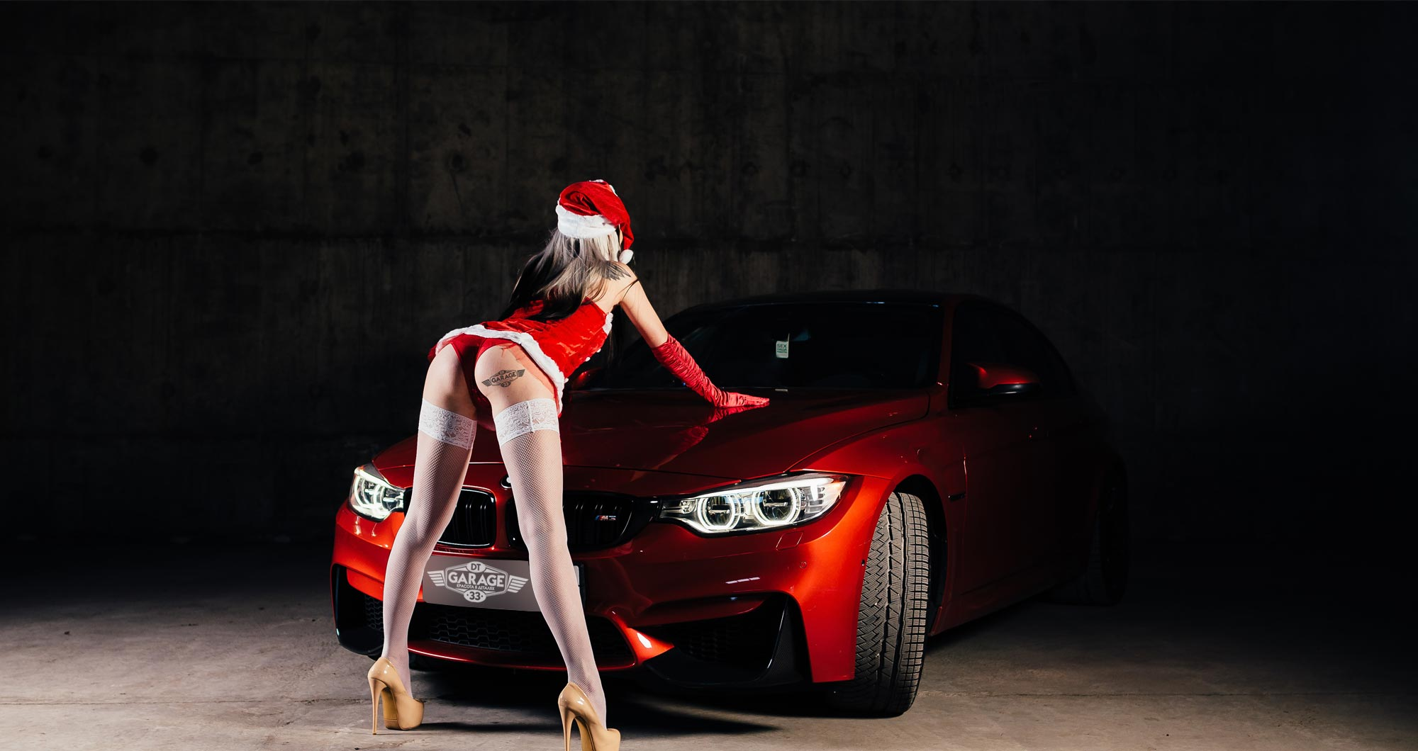 """Рекламный баннер акции """"В Новый год с новой машиной"""""""