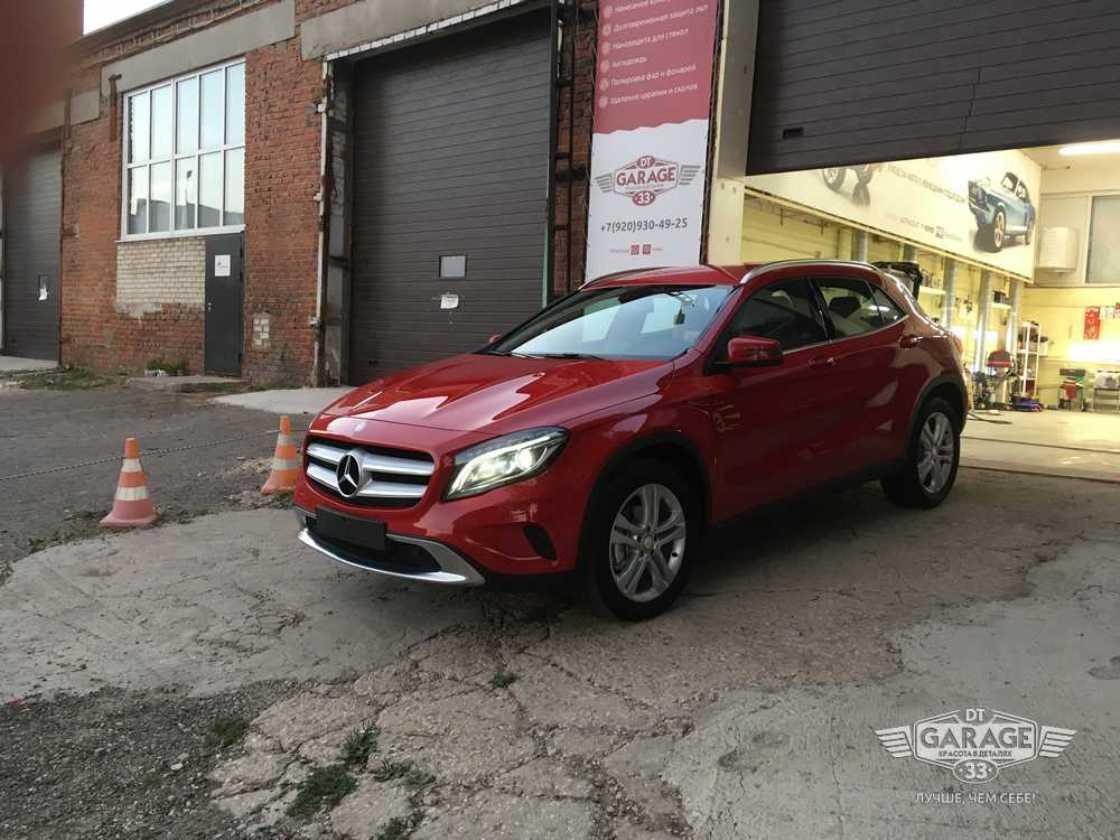 На фото Mercedes-Benz GLA-klasse после полировки и обработки керамикой.
