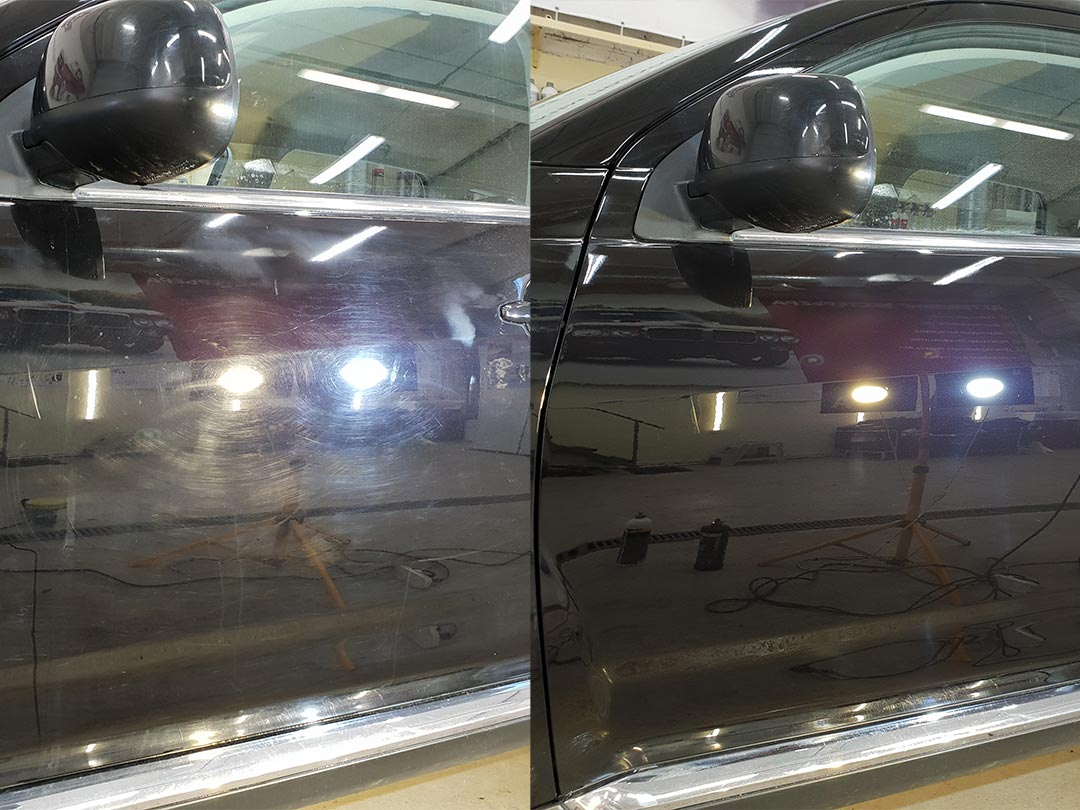 На фото дверь автомобиля Пежо до и после полировки.