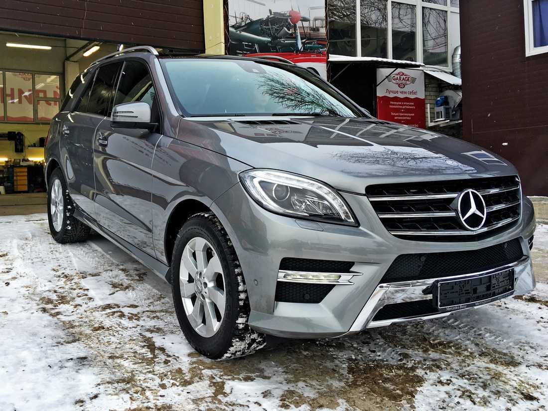 Смотреть на фото Mercedes-Benz ML после полировки и обработки керамикой.