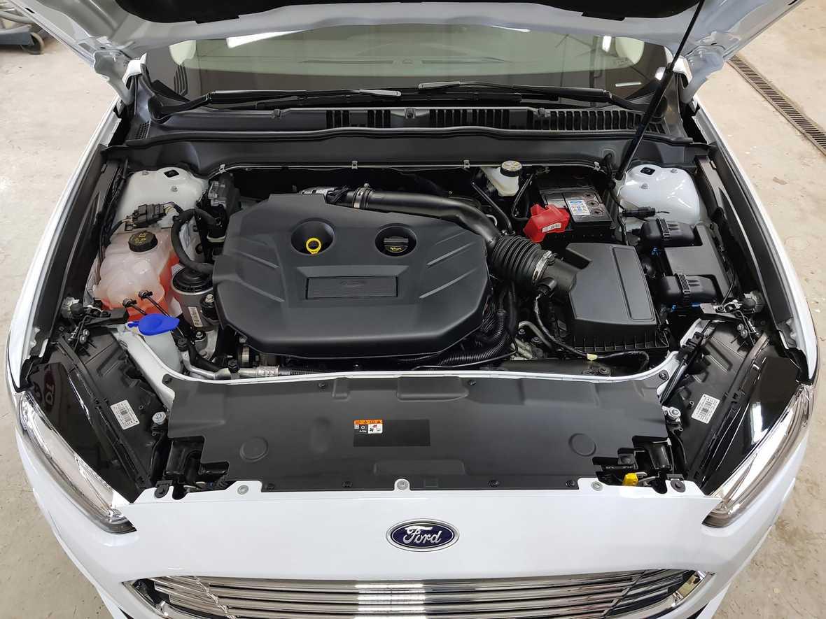 Смотреть на фото мотор, отмытый мастерами фирмы «DT GARAGE 33»