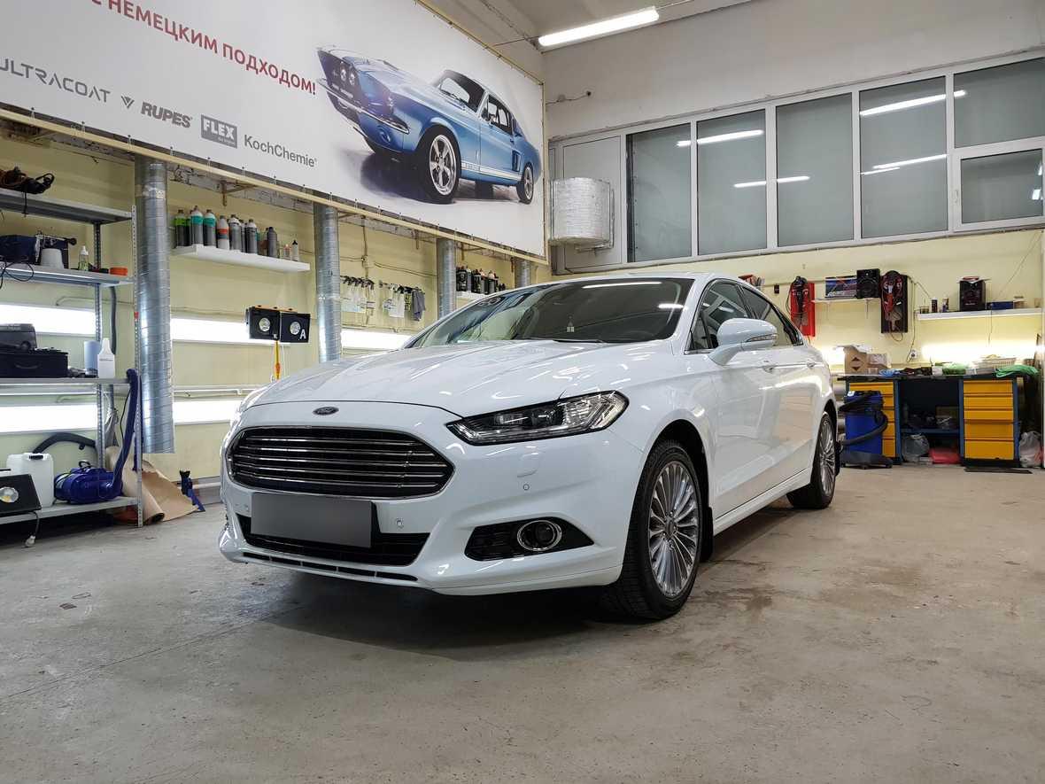 Смотреть на фото Ford Mondeo, покрытый керамикой в детейлинге «DT GARAGE 33»
