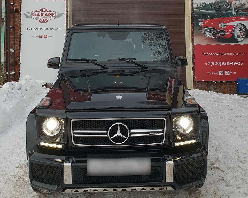 Смотреть на фото внедорожник Mercedes-Benz после обработки керамикой.