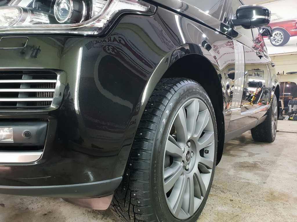 Смотреть на фото Range Rover после ремонта сколов в фирме DT GARAGE 33 в городе Владимире.