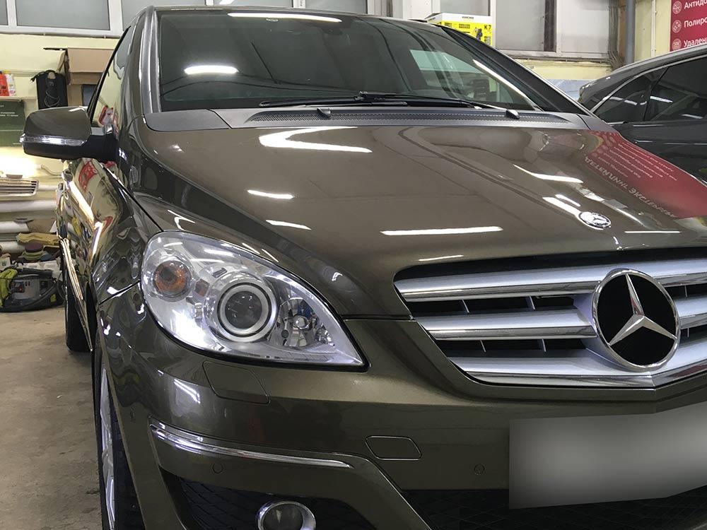 Смотреть фото Mercedes-Benz B170 после реставрации во владимирском детейлинг-центре DT GARAGE 33.