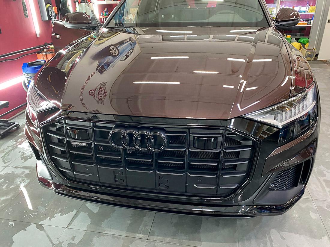 Автомобиль «Ауди» после оклейки антигравийной пленкой в фирме «DT GARAGE 33» города Владимир Владимирской области.